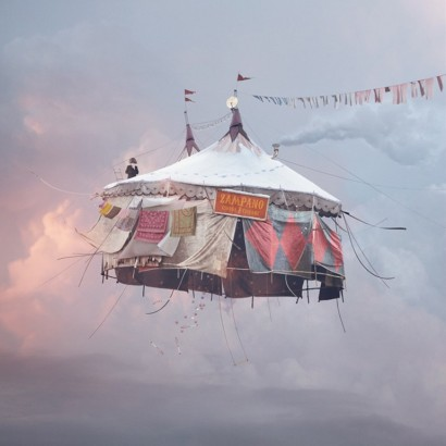 Laurent Chehere – Flying houses